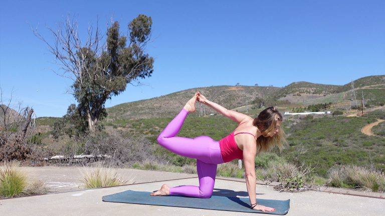 Yoga for Beginners, 15 Minute Slow Flow Yoga Video