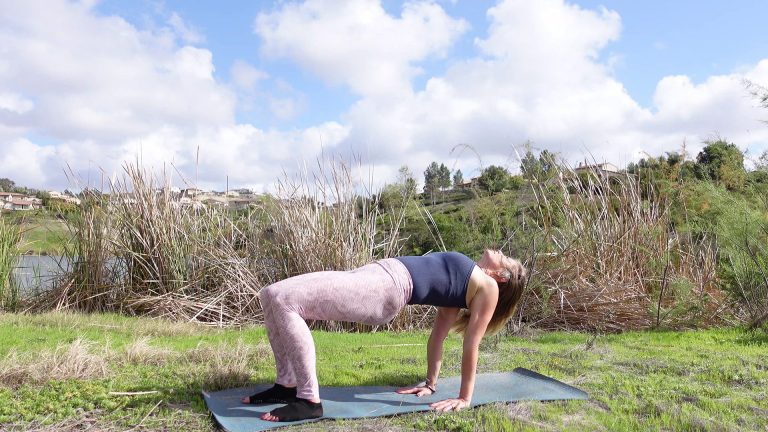 Yoga for the Spine – Hips and Shoulders – Yoga for Strength Video